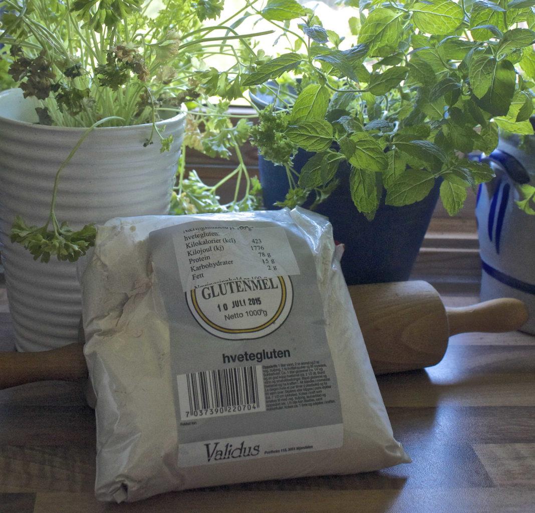 Kan man bruke glutenmel sammen med glutenfrie melblandinger?